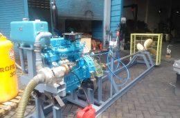 Marine engine simulator